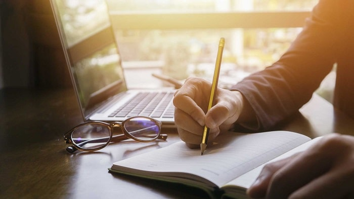 Pick The Right Tools - How to Start Career as a Content Writer